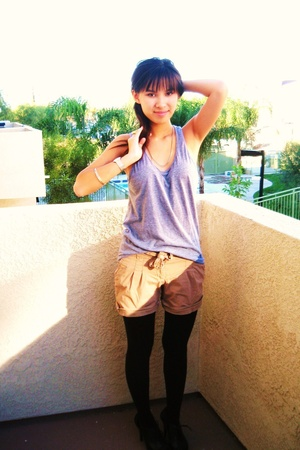 American Apparel t-shirt - Target shorts - Forever21 tights - GoJane shoes - vin