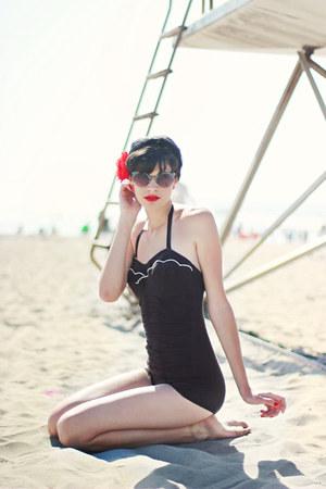 black vintage swimwear - black Forever 21 sunglasses
