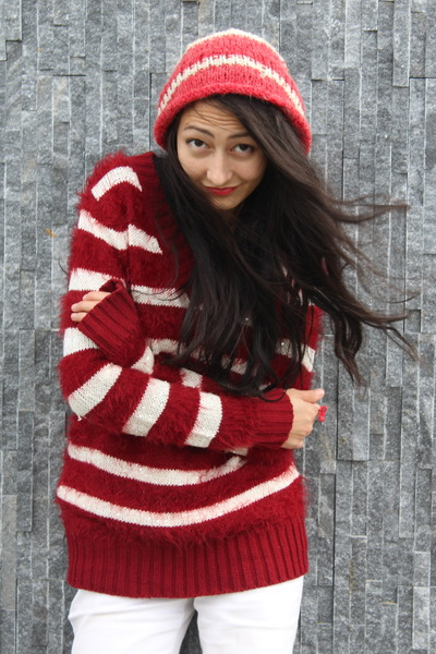 white sequined Self Made sweater - red selfmade sweater - red beanie hat