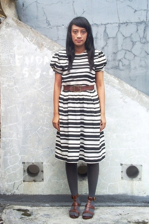 white thrifted dress - brown thrifted belt - brown ITC M2 shoes
