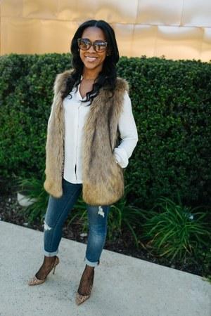 Articles of Society jeans - faux fur Amazon vest - Jean Michel Cazabat pumps