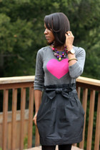 black French Connection skirt - charcoal gray Old Navy sweater