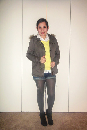 Forever 21 sweater - Nine West boots - H&M jacket - Forever 21 tights