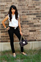 black Betsey Johnson bag - black Sam and Libby flats - black pants
