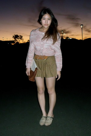 salmon cropped Ladakh sweater - dark brown two tone bag - brown bow front shorts
