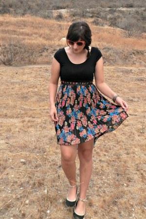 black Target dress - coral Forever 21 sunglasses - black Target flats