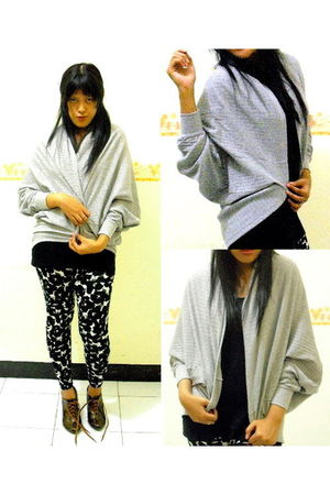 silver herbie couture cardigan - black hammer top - black Topshop leggings - bro