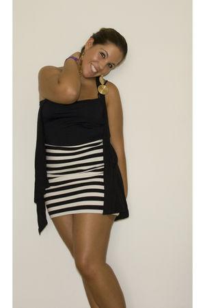 black H&M vest - black Zara top - white H&M skirt - gold Pimkie earrings