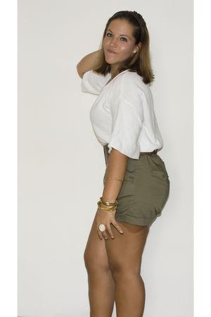 green H&M shorts - white Venca top - gold Primark bracelet - gold Primark access