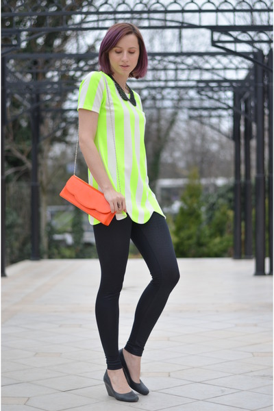 chartreuse neon nowIStyle shirt - gray random shoes