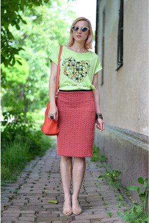 ruby red nowIStyle skirt - lime green nowIStyle shirt - red Zara bag