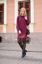 black Stradivarius boots - maroon boyfriend thirfted sweater