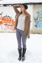 black afrodita boots - violet Vero Moda jeans - green knit hat - neutral Bershka