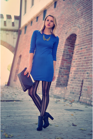 blue electric H&M dress - black H&M boots - black studded Stradivarius bag
