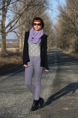 light purple Vero Moda jeans - black JouJou sweater - ivory thrifted shirt