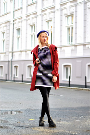 ruby red H&M coat - black Zara dress - deep purple H&M hat