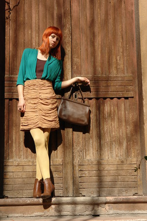 brown AMANDA boots - teal H&amp;M shirt - light yellow Fiore tights - dark brown Old