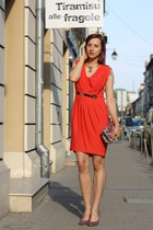 purple Filty shoes - red Tiramisu alle fragole dress