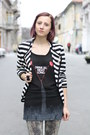 White-stripes-tiramisu-alle-fragole-jacket-black-random-boots