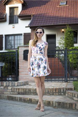 white Chicwish skirt - white Chicwish top