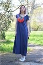 Navy-nowistyle-dress-red-random-necklace-heather-gray-converse-sneakers