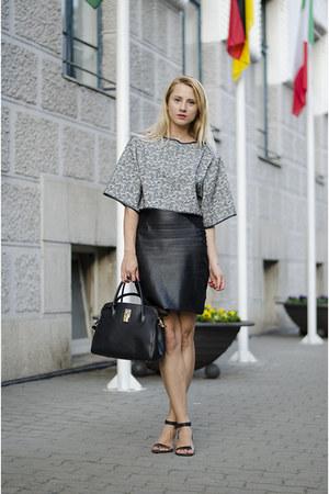 black crop top Zara shirt - black nowIStyle bag - black faux leather H&M skirt