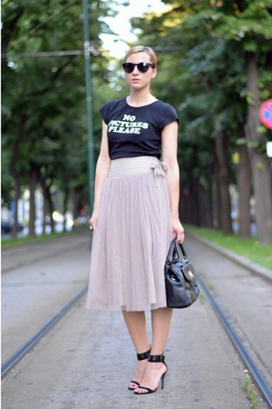 nowIStyle bag - H&M sunglasses - Zara sandals - tutu nowIStyle skirt