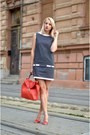 Black-stripes-zara-dress-red-zara-bag-red-mango-sandals