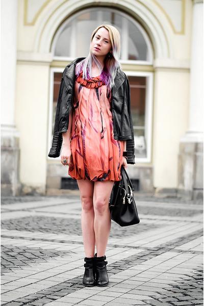 black ankle boots Stradivarius boots - orange silk Stella McCartney dress