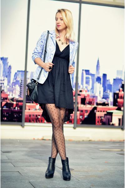 black ankle H&M boots - black lbd Stradivarius dress