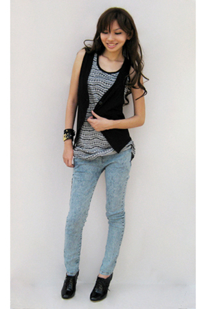 httpskinnyheelsblogspotcom vest - random from Bangkok jeans - Wufenpu Taipei