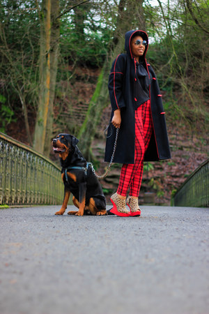 vintage coat - new look shoes - Boohoo leggings
