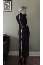 black button lycra vintage dress