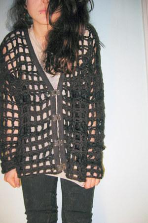 dark gray medieval l All Saints sweater