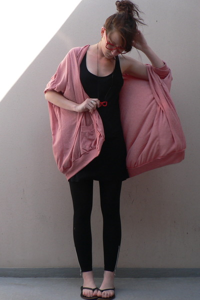 pink cardigan storets coat - black flip flops shoes - gray H&amp;M dress