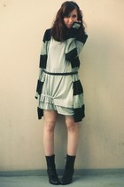 gray Zara sweater - gray storets dress - black  belt - black new look boots