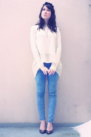 black headpiece accessories - beige storets blouse - blue storets jeans - silver