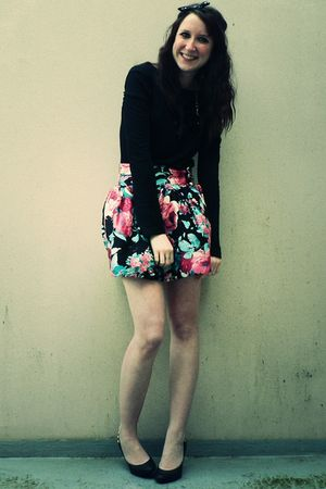 black Primark shirt - black H&M shoes - pink Primark skirt