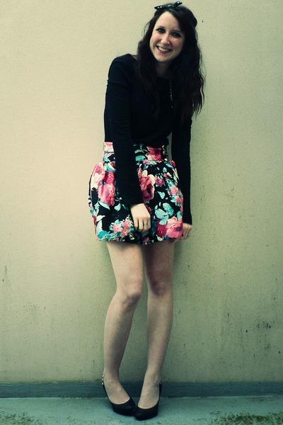 black Primark shirt - black H&M shoes - pink Primark skirt