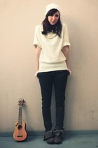 white H&M hat - white etam sweater - black Zara jeans - beige Pull & Bear boots