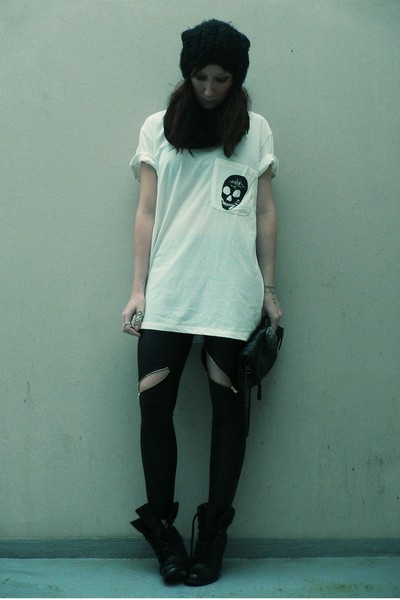 black H&M hat - white storets t-shirt - black storets leggings - black new look