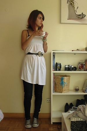 Bershka dress - Bershka jeans - Converse shoes
