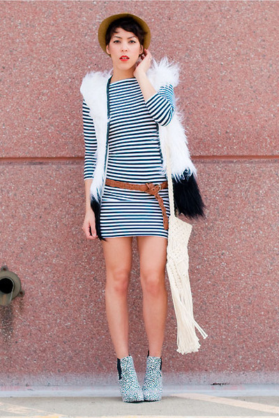Topshop shoes - Topshop dress - Forever 21 hat - Urban Outfitters bag