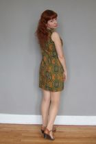green vintage dress - beige Forever 21 stockings - brown Softspots shoes