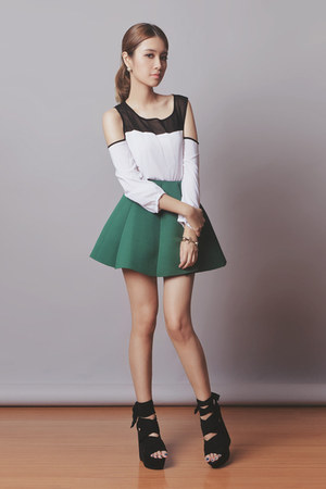 green Choies skirt - white Sheinside top - gold Choies bracelet