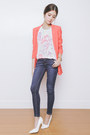 Navy-bobson-jeans-carrot-orange-stradivarius-blazer-white-bobson-top