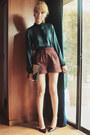 Maroon-topshop-shorts-teal-zara-top-black-guess-heels