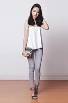 black clutch romwe bag - heather gray skinny Topshop pants