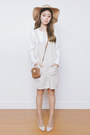 Light-brown-michael-kors-bag-white-ams-clothing-top-beige-yesstyle-jumper