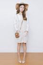 Light-brown-michael-kors-bag-white-ams-clothing-top-beige-yesstyle-jumper